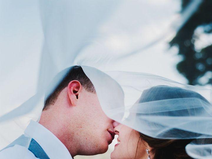Tmx 1531336334 B18e19e22bdc3fd4 1531336333 4c5fc8dc22a7cf21 1531336333272 16 Bliss M2 0368 2 Villa Park, IL wedding photography