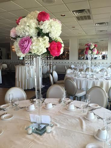 Tmx 1528913385 Be7e5431761d8a91 1528913384 5c7b9298d73044ff 1528913380471 11 Cb3faa11 14c5 448 Haledon, New Jersey wedding florist
