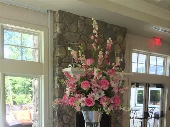 Tmx 1528913386 Fa295096a11bb75e 1528913385 7ed7da01ef2439e6 1528913380479 14 Pink Haledon, New Jersey wedding florist