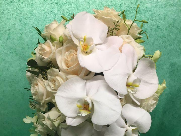 Tmx 1528914197 9ff69781086b2cbe 1528914194 28c0f9ebeefe3e5e 1528914189990 12 IMG 3124 Haledon, New Jersey wedding florist