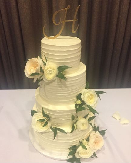 Buttersweet Cakes & Desserts - Wedding Cake - Ocala, FL - WeddingWire