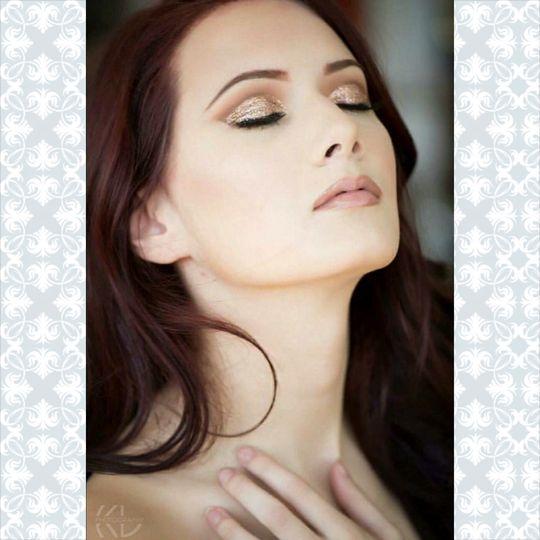 Cut crease eyeshadow and nude lip