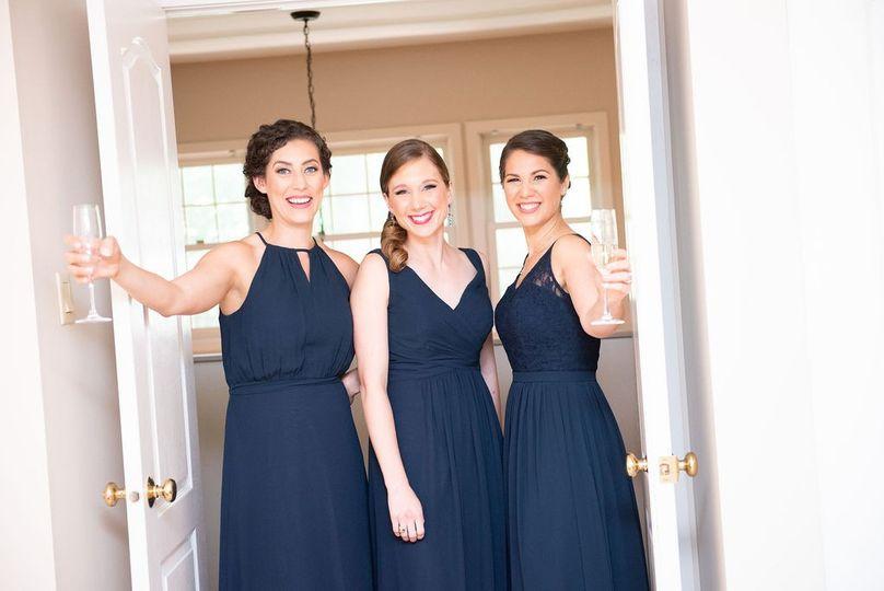 Natural glam bridal party