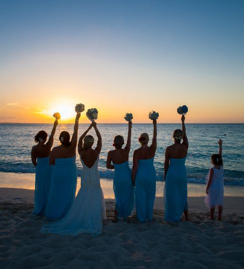 Sunset picture with bride and bridesmaid
