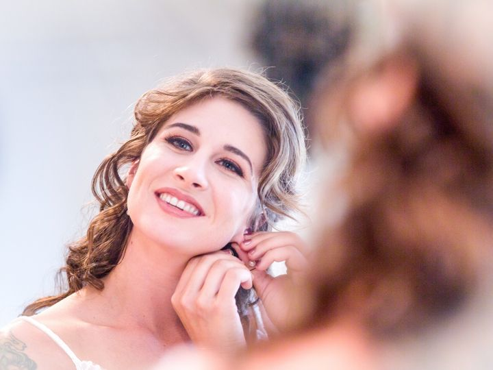 Tmx Bride Putting On Earings 51 992407 157664993356918 Rocklin, CA wedding videography