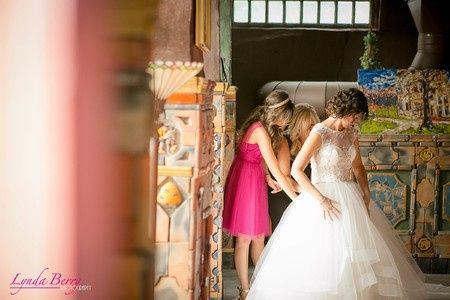 Tmx Bride Getting Ready 51 3407 158153296711829 Doylestown, PA wedding venue