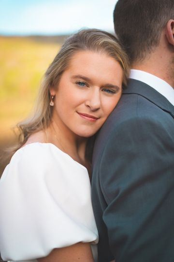 Intimate moment Bride & groom