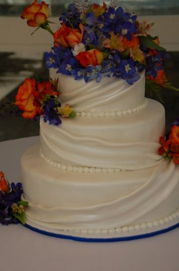 Wedding Cake delivered to Rancho De Las Palmas in Moorpark, CA