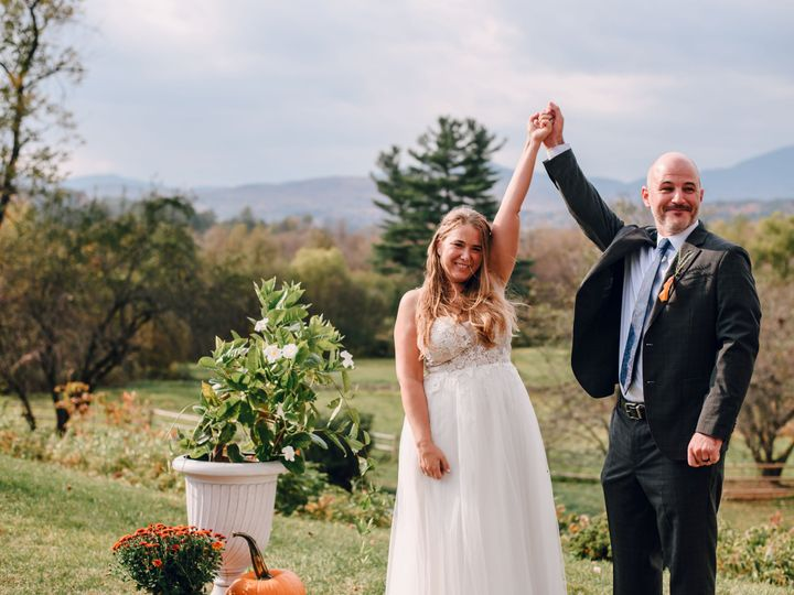 Tmx Sarahsalvas Gretchendan Wedding 085 51 1976407 162022849223141 Stowe, VT wedding venue
