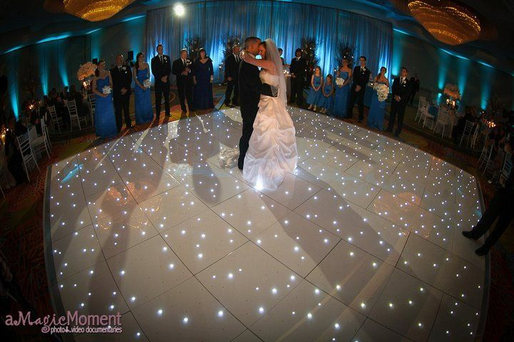 Couple wedding dance