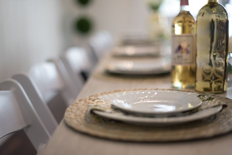 Dinner parties, Rehearsal Dinners, and small receptions are welcomed!
