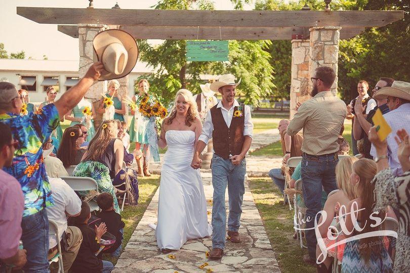 three dudes winery venue san marcos tx weddingwire