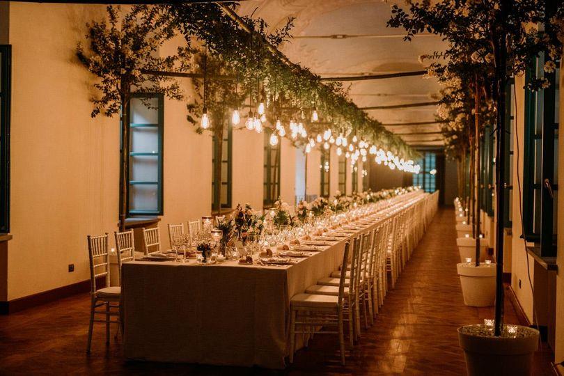 Botanical reception decor