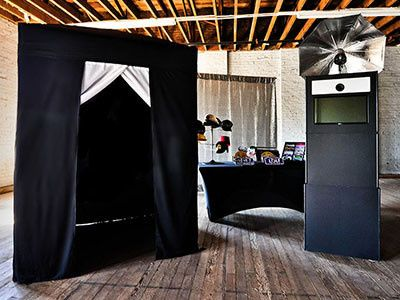 enclosed photo booth 2