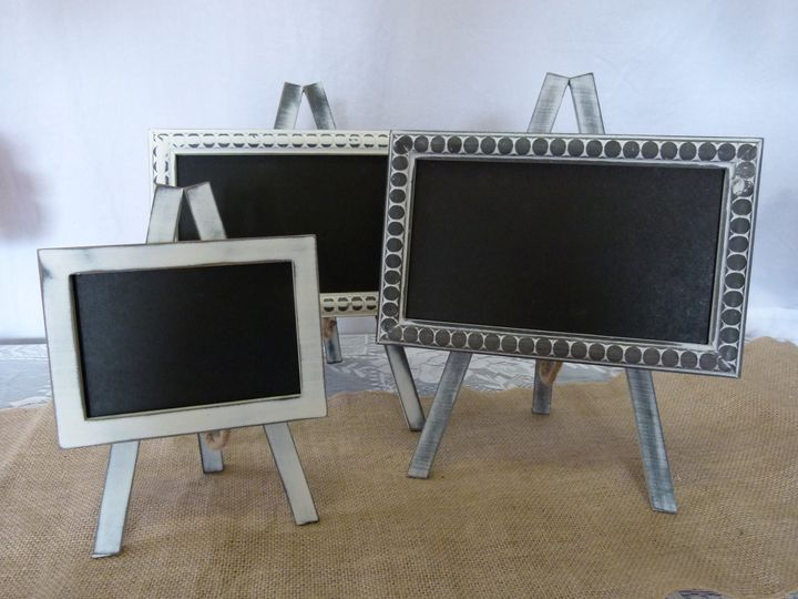 sd0098 white distressed 8x5in chalkboard easel