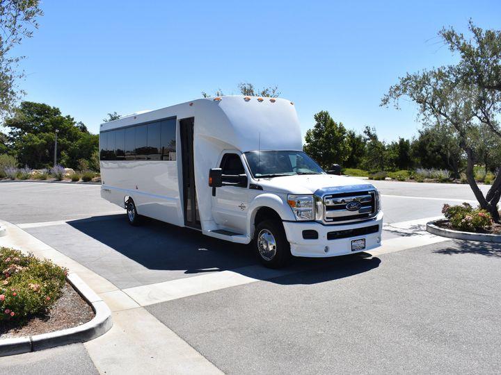 Tmx 1515712797 02d273874308bc16 1515712793 Fb40b8cf22df426c 1515712786970 15 Front Of Limobus2 San Luis Obispo, California wedding transportation