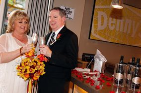 Denny's Wedding Chapel