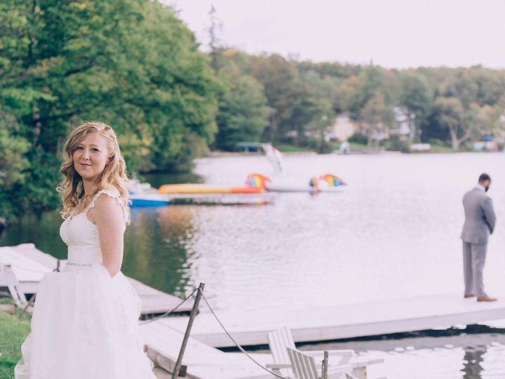 Tmx Lisa And James Favorites 0008 51 759507 V1 Carbondale, PA wedding planner