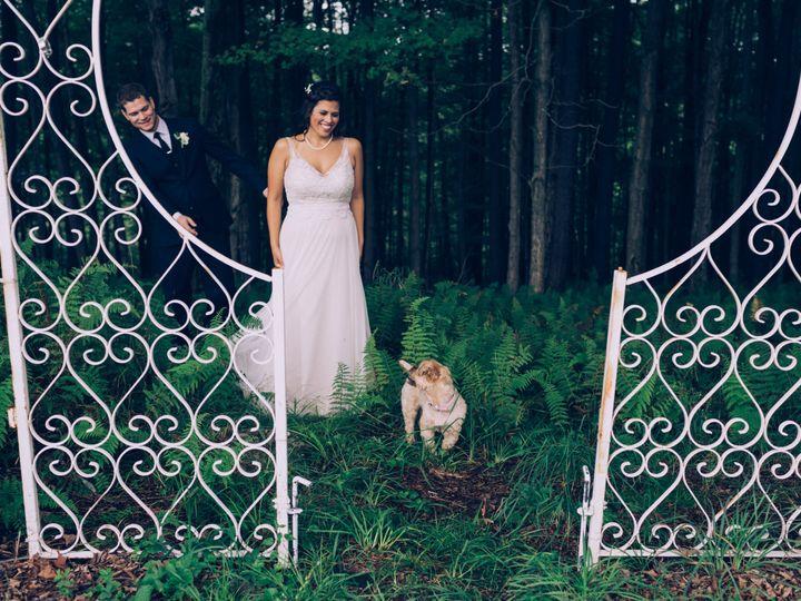 Tmx Lisa And James Favorites 0012 51 759507 V2 Carbondale, PA wedding planner