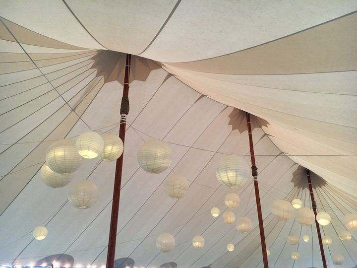Light setup at the wedding reception