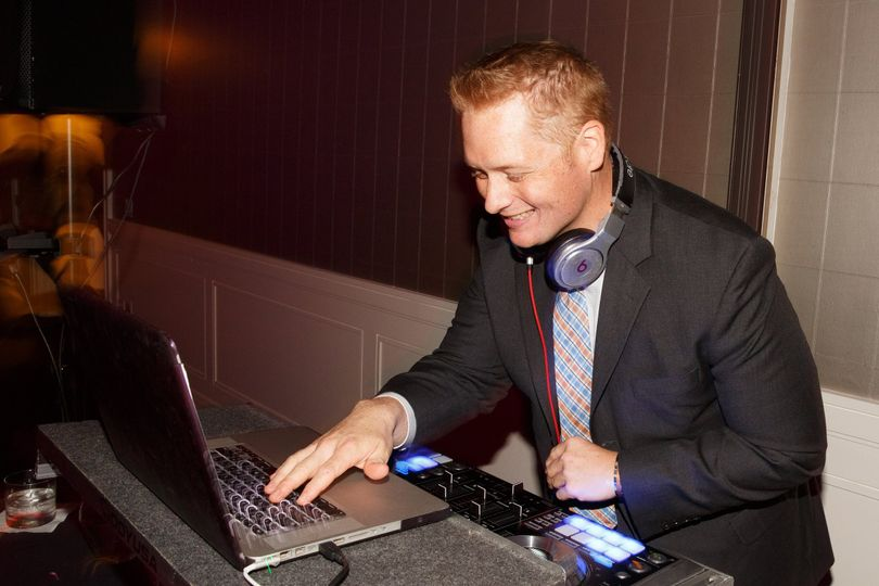 Dj and music services