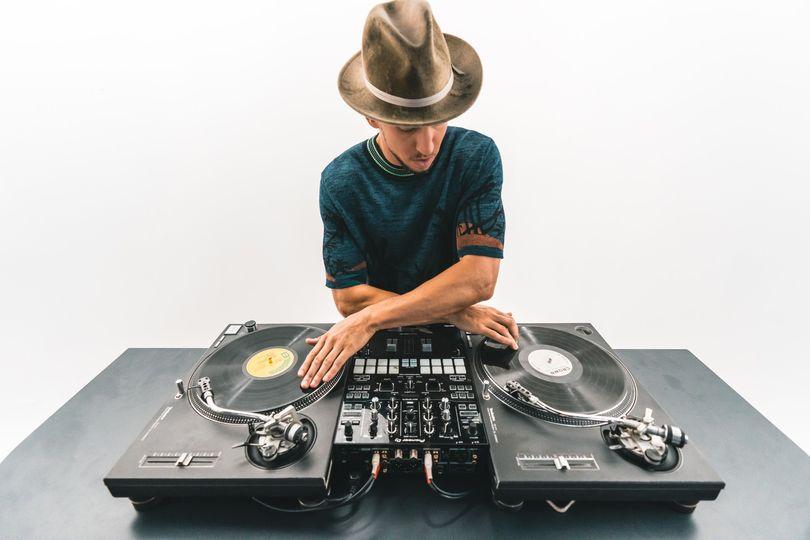 Globe-trotting DJs