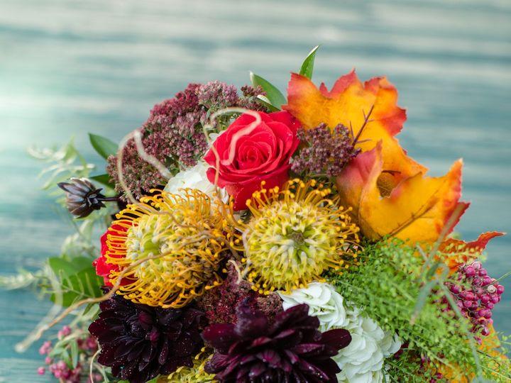 Tmx Amanda Drew Harrington Farm Wedding Details Katydid Florals Shoreshotz Photography 0002 51 533607 160009131780238 Mendon wedding florist