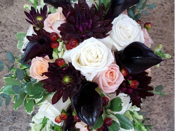Tmx Burgundy Calla Cascade 51 533607 160009113319387 Mendon wedding florist