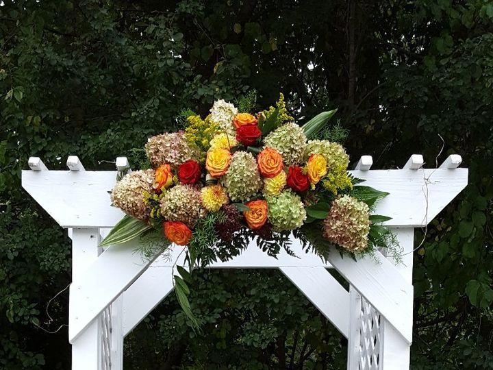 Tmx Fall Trellis 51 533607 160009116781216 Mendon wedding florist