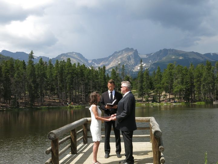 michael moody chicago officiant and ordained minis