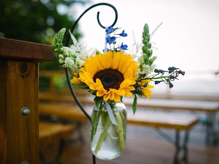 Tmx 1490799749904 I 2swtnr2 X2 1 Athens, New York wedding florist