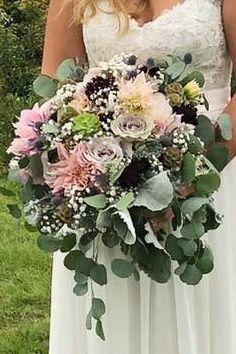 Tmx 42714037 10216988751652076 4269979549934026752 N Crop 51 375607 Athens, New York wedding florist