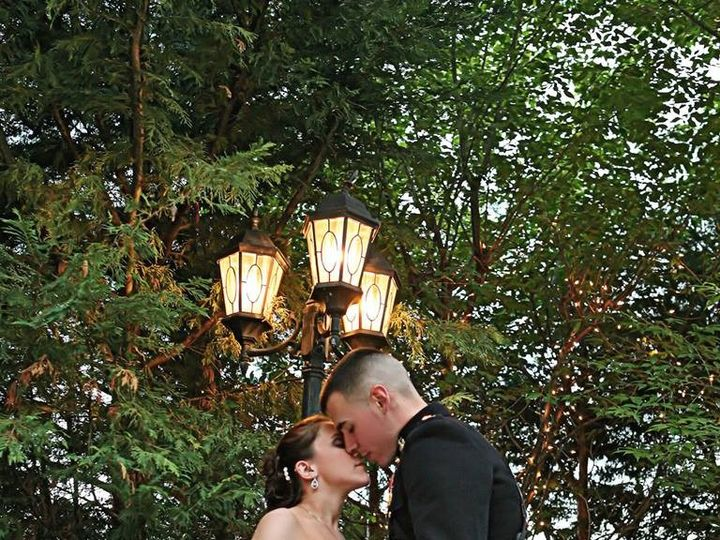 Tmx 1373991313003 Kissing By The Lamp Fairfax, VA wedding venue