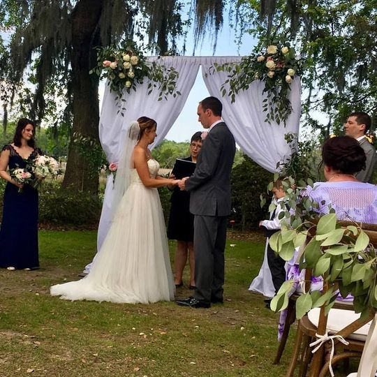 Beautiful day for a wedding at Magnolia Plantation with family and friends.