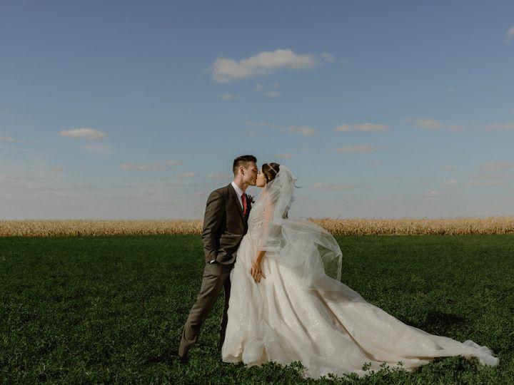 Tmx Austinraynepreview 1 51 1259607 160321841363958 Minneapolis, MN wedding photography