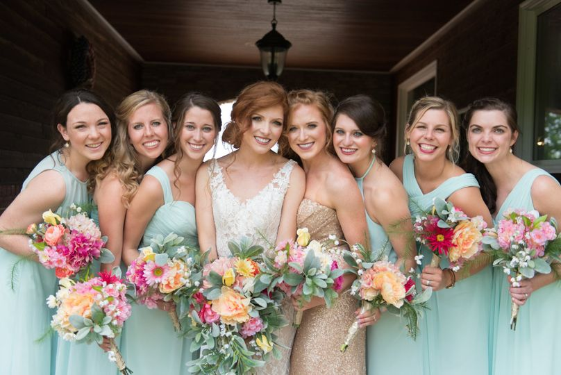 Bride with friends|briana owen photography