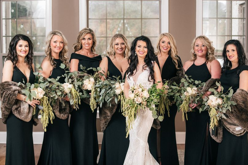 The bride and friends|details nashville photography