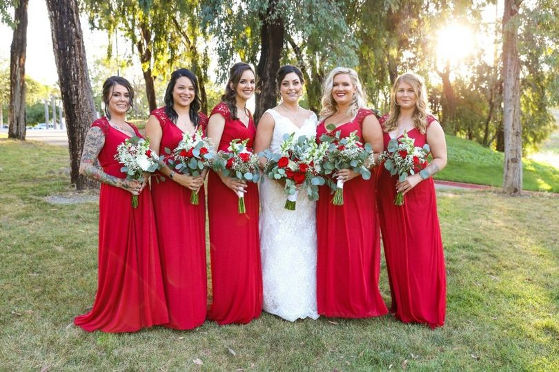Red Theme Bridal Party