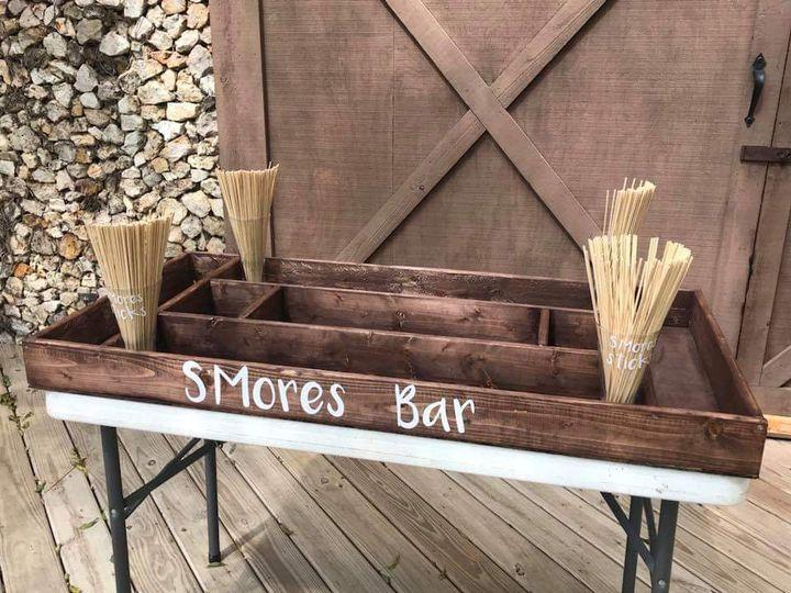 S'mores bar fun