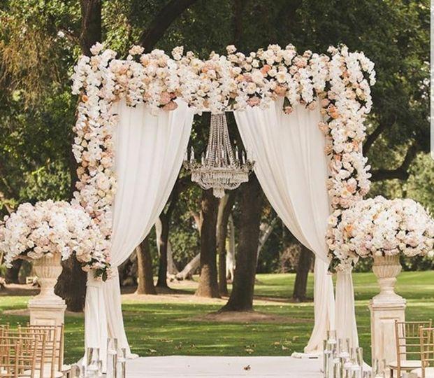 Romantic altar
