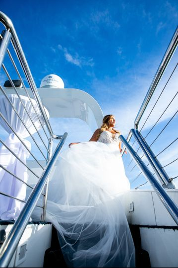 Breathtaking bride and views