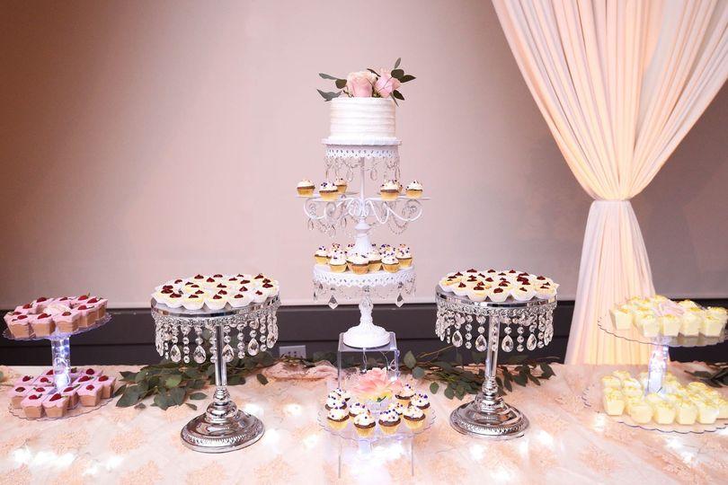 desserts cake 51 1067707 1558556168