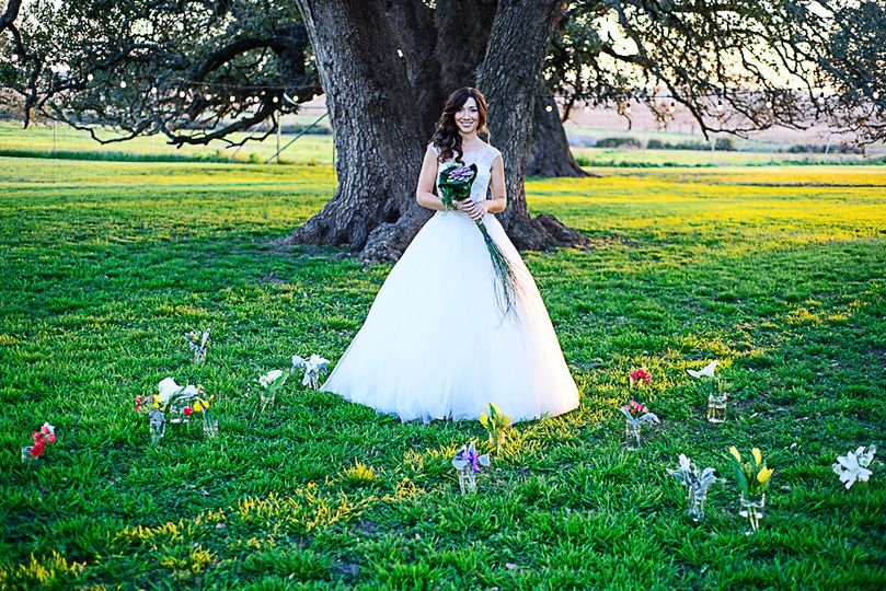800x800 1366042413288 moore ranch bridal shoot0339