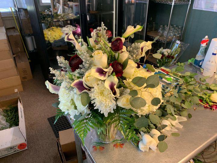 White deep purple bouquet