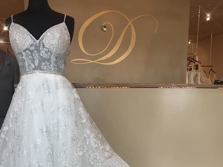 Tmx 1526673793 3a15c5fa7cb522ff 1526673792 13f53288e81b7e55 1526673797469 7 29694591 174808705 Pueblo, CO wedding dress