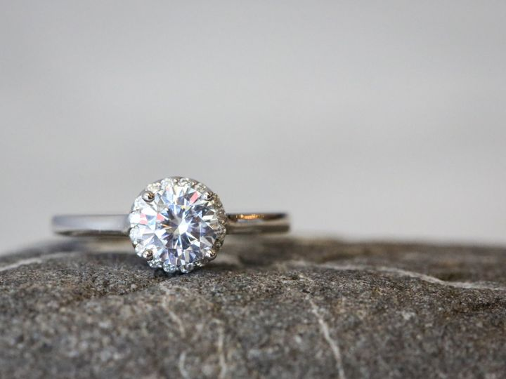 Tmx 1529439259 D9febfb2b8c333f2 1529439256 4381a9ee0cd67d87 1529439249790 22 RMGBendiEngagemen Philadelphia wedding jewelry