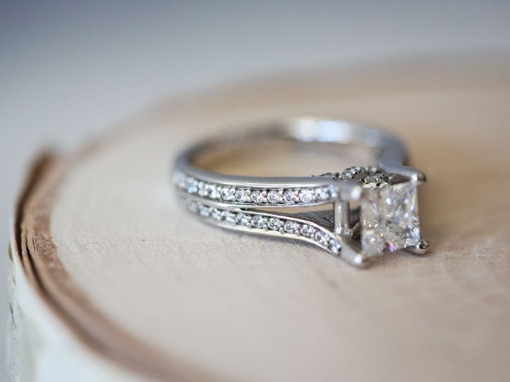 Tmx 1529440699 3b71ba256a04e789 1529440696 9c62a44635596414 1529440689740 7 RMGBendiEngagement Philadelphia wedding jewelry
