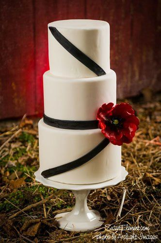 Tmx 1332532699949 Modernweddingcakeredpoppyblackstripes East Orange wedding cake