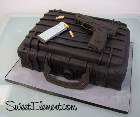 Tmx 1332535545553 Gunguncasegroomscake East Orange wedding cake