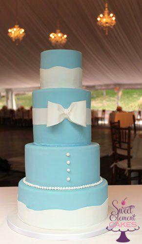 Tmx 1351892728069 Blueandwhitebuttonsandbowweddingcake East Orange wedding cake